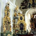 Wnętrze kościoła poklasztornego pw. św. Stanisława Biskupa i Męczennika w Koźminie Wielkopolskim