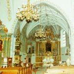 Wnetrze kościoła pw. św. ap. Piotra i Pawła w Kostrzynie woj. wielkopolskie